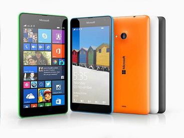 Microsoft выпустила свой первый смартфон бренда Lumia - ФОТО