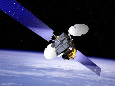 Названы сроки запуска азербайджанских спутников на орбиту