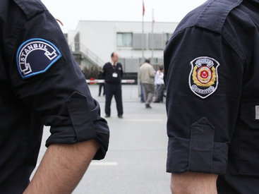 Перестрелка в Стамбуле: террористы напали на управление полиции