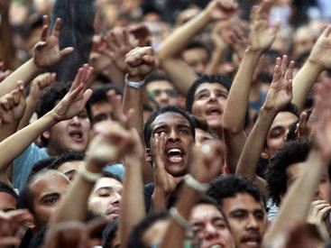 "Американцы протестуют против соглашения Ирана и ""шестерки"""