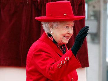 Для британской королевы создадут специальные перчатки, убивающие COVID-19