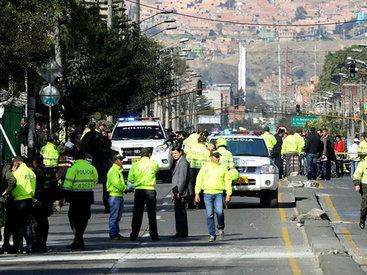 В Колумбии продолжаются столкновения с военными
