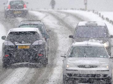 Снег привел к транспортному коллапсу в Ереване