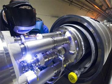 Большой адронный коллайдер готов к новым открытиям