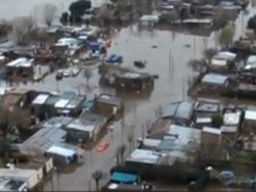Уровень воды в реке поднялся на 4 метра, последствия ужасные - ВИДЕО