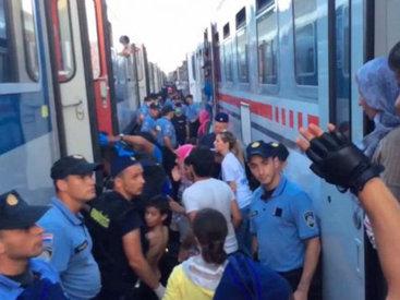 """Венгрия обвинила Хорватию в """"контрабанде людей"""""""