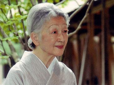 Супруга императора Японии госпитализирована