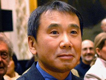 Новая книга Мураками стала бестселлером года в Японии