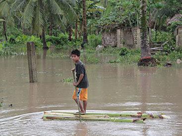 Во Вьетнаме тайфун убил 10 человек
