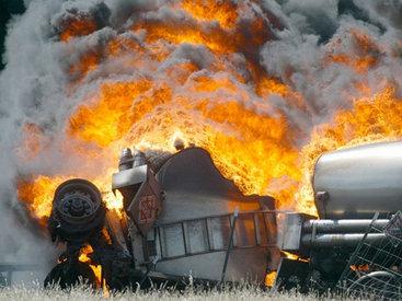 Бензовоз протаранил 45 машин в ЮАР, есть погибшие