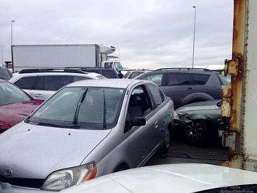 В США из-за непогоды столкнулись более 50 машин