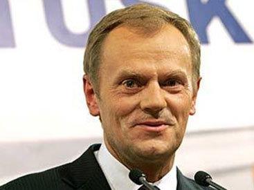 Туск призвал продлить санкции против России