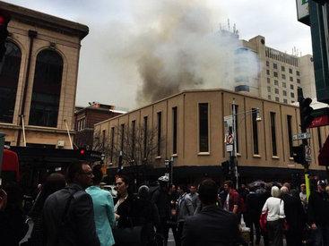 Пожар в престижном отеле, эвакуированы сотни людей - ФОТО