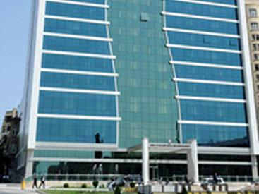 Жителям Баку предлагают начинать работу раньше
