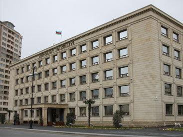 В Азербайджане тысячи людей стали платить налоги