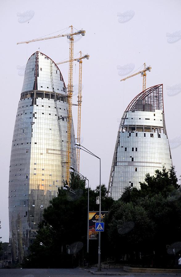 Новостройки Баку: на вершине мира - ФОТОСЕССИЯ - ОПРОС