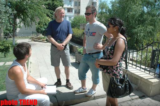 В Баку появились красочные Девичьи башни - ФОТО