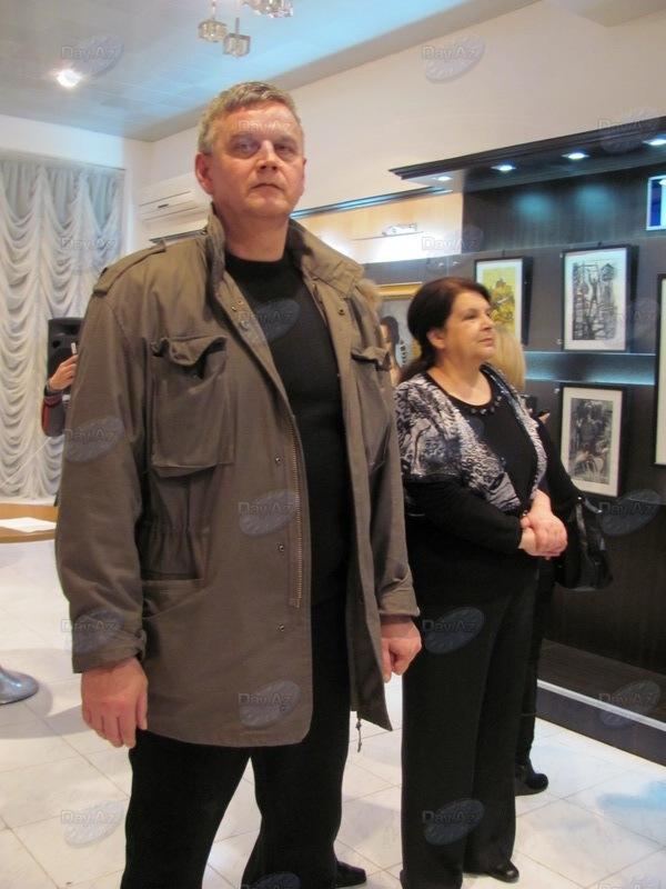 Невероятные миры азербайджанского художника - ФОТО