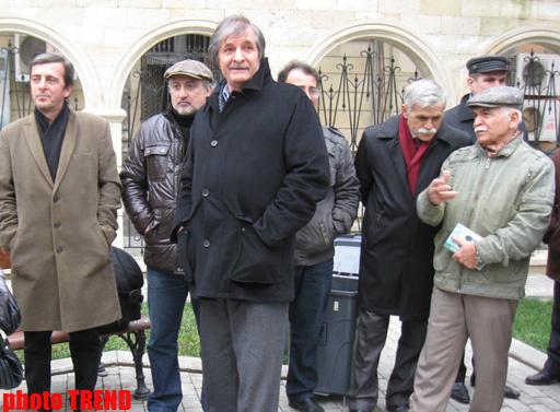 В Баку состоялось открытие Археологического парка и бюста Азиму Азимзаде - ФОТО