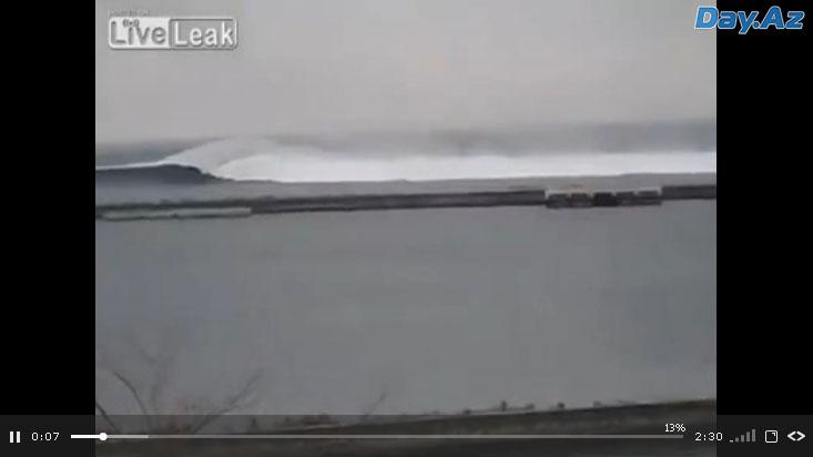 Ужасающие кадры цунами - ВИДЕО