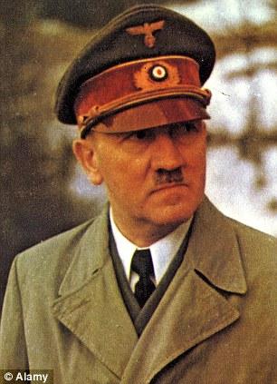 Аквариумная рыбка уподобилась Гитлеру - ФОТО