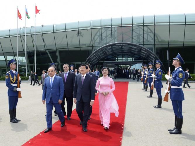 Завершен официальный визит Президента Вьетнама в Азербайджан - ФОТО