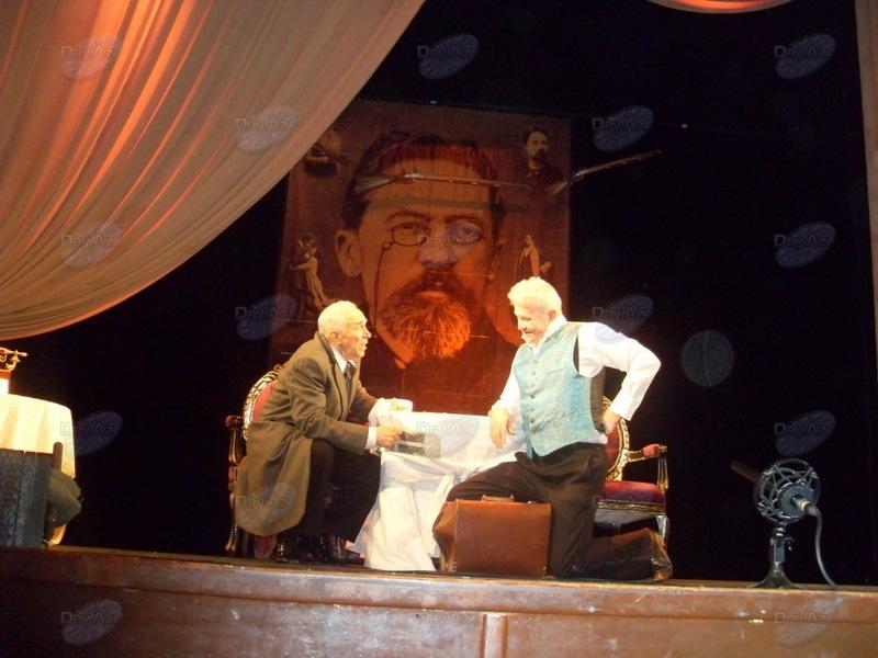 Подарок московских звезд Русской драме заставил зрителей рыдать от смеха - РЕПОРТАЖ - ФОТО