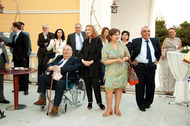 """В Баку выступил английский женский оркестр """"FeMusa"""" - ФОТО"""