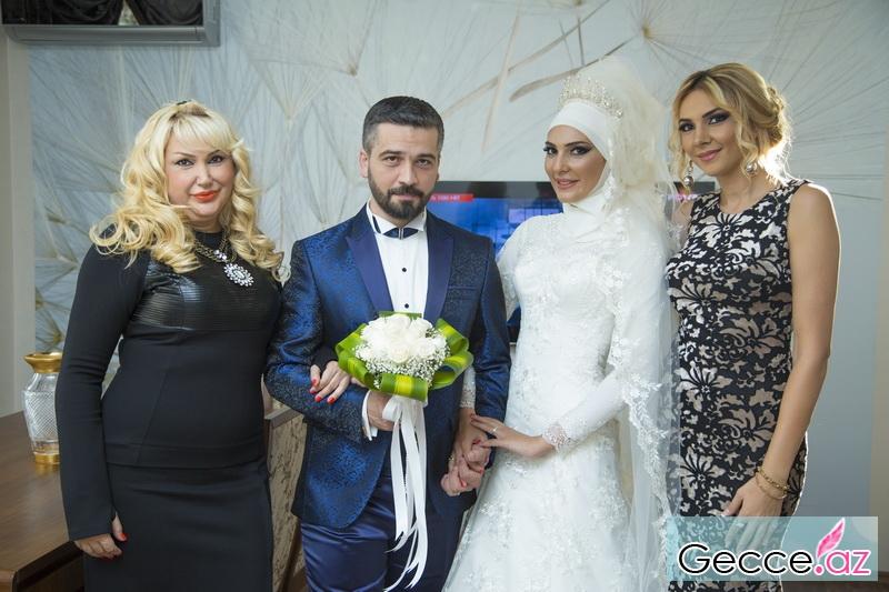 Azərbaycanli Rejissorla Modelin Toyu Oldu Yenilənib Foto