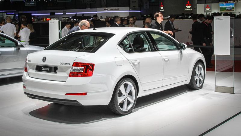 Новая ŠKODA Octavia: признанный успех среди экспертов автомобильного сообщества - ФОТО