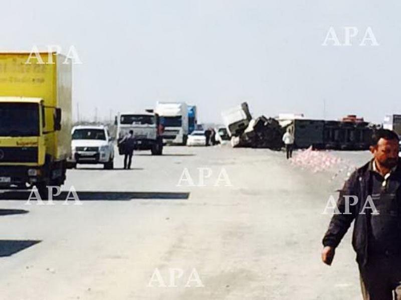Bakı-Qazax yolunda yanacaq daşıyan yük maşını aşdı: ölən var - FOTO