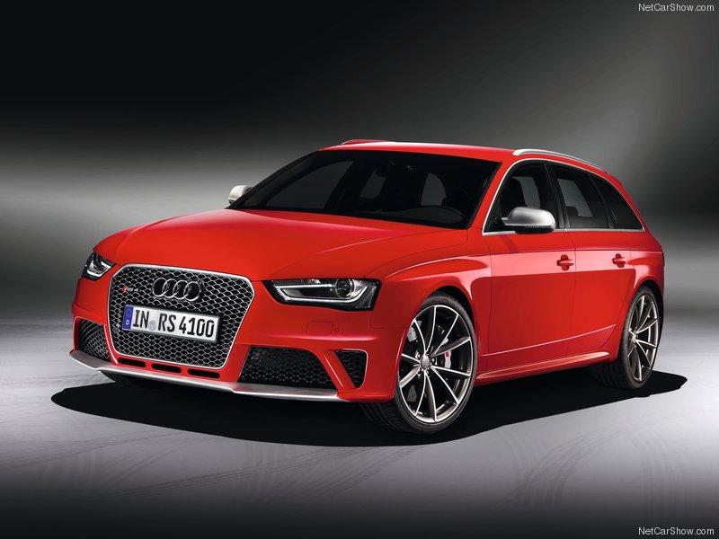 Audi RS4 скачать