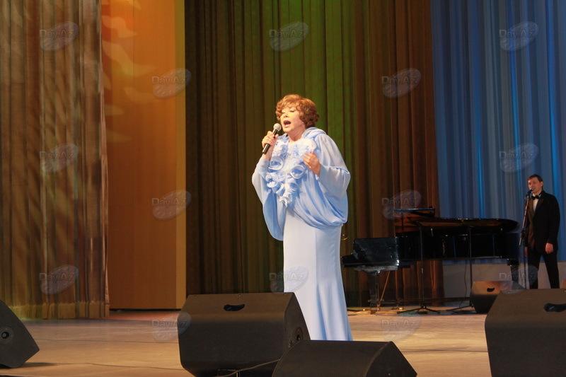 Звезда несравненной Эдиты Пьехи взошла над Баку – РЕПОРТАЖ - 3D - ФОТО