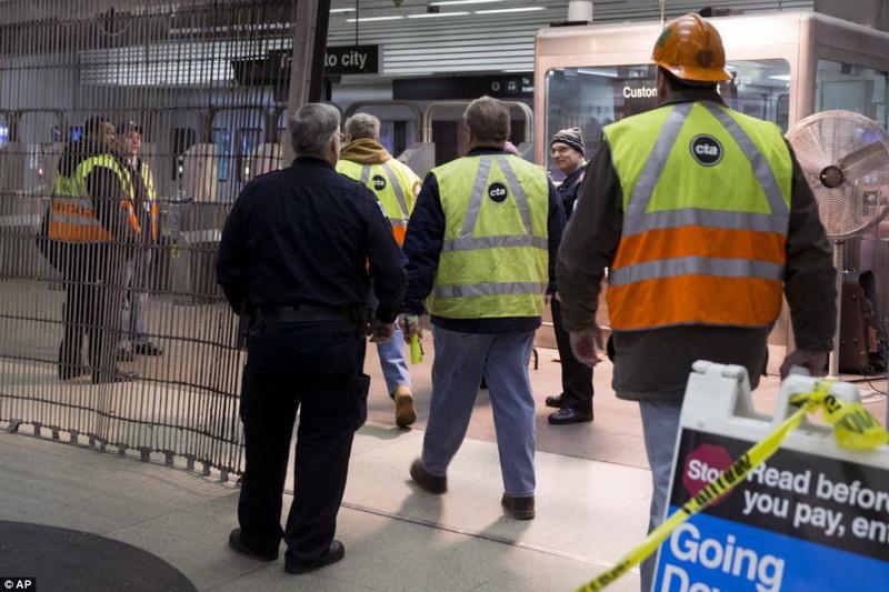 В Чикаго поезд сошел с рельсов: десятки раненых - ОБНОВЛЕНО - ФОТО