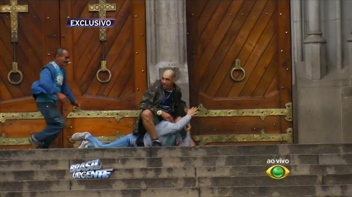 Бездомный спас заложницу ценой собственной жизни - ФОТО - ВИДЕО