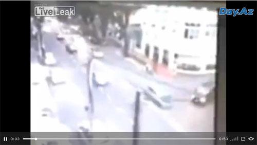 Несчастный случай на оживленной дороге - ВИДЕО