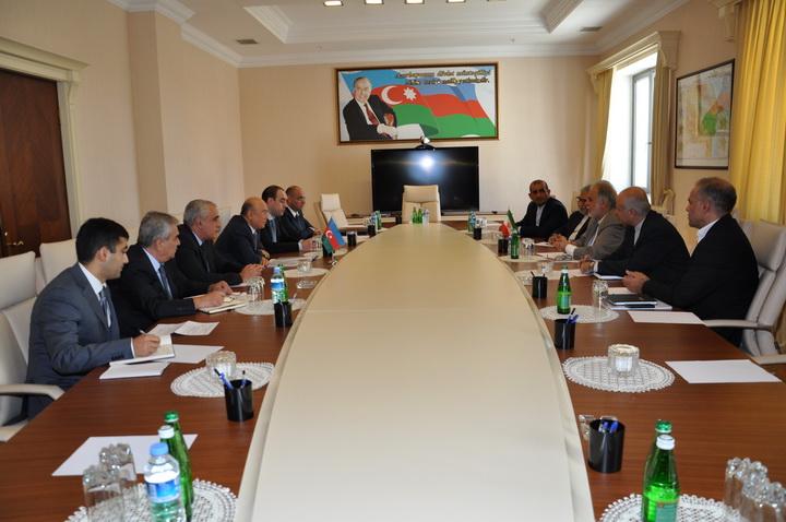 Кямаледдин Гейдаров на встрече с иранской делегацией - ФОТО