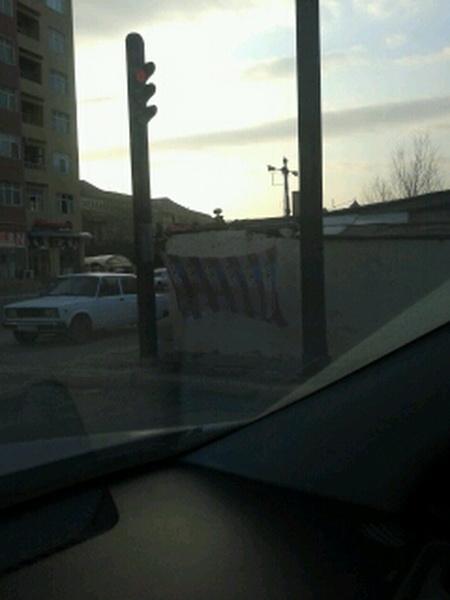 Как еще можно использовать светофор в Баку - МОБИЛЬНЫЙ РЕПОРТЕР – ФОТО