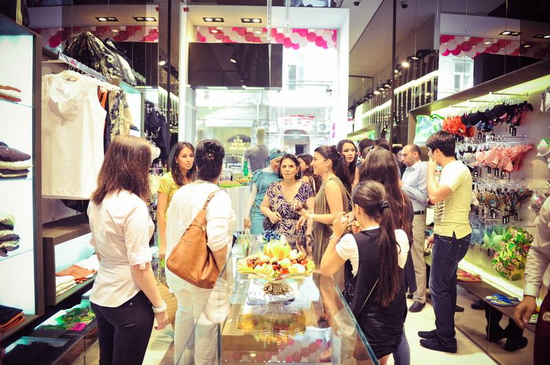 В Баку состоялось долгожданное открытие мультибрендового бутика FLAIR - ФОТО