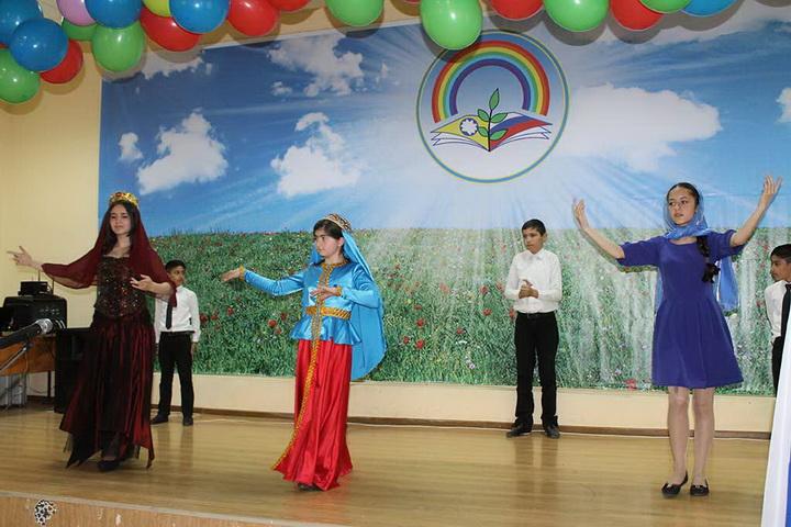Азербайджан глазами калмыцких школьников и студентов - ФОТО