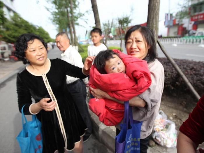 Мощное землетрясение в Китае: число жертв возросло, более 11 тысяч раненых - ОБНОВЛЕНО - ФОТО