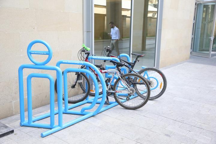 IDEA продолжает устанавливать велосипедные стоянки в Баку - ФОТО