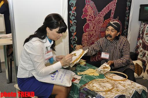 В Баку стартовала 11 Азербайджанская международная выставка AITF 2012 - ФОТО