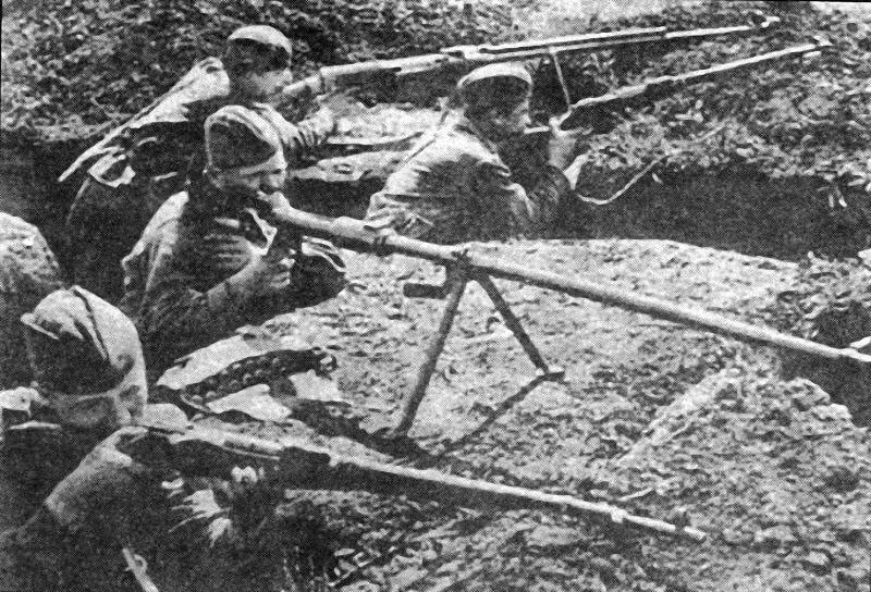 Кровь и железо: как ковалась победа СССР в войне - ФОТОСЕССИЯ