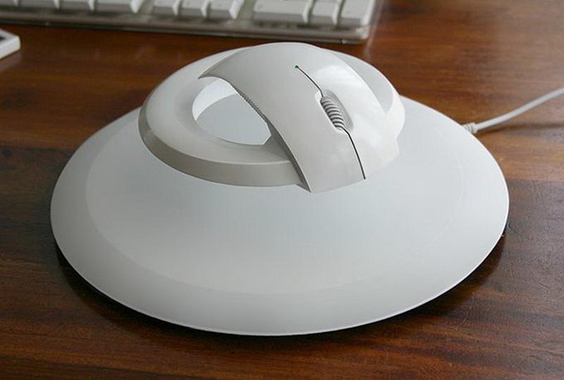 Дизайнер создал летающую компьютерную мышь - ФОТО