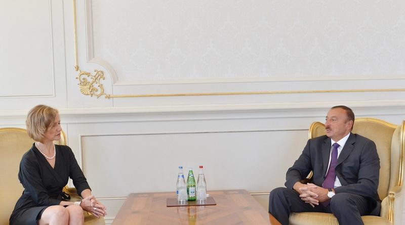 Президент Азербайджана принял верительные грамоты нового посла Германии - ОБНОВЛЕНО - ФОТО