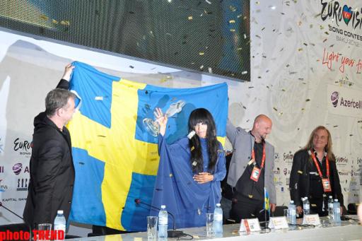 """Победительница """"Евровидения 2012"""" призналась в любви к азербайджанцам - ОБНОВЛЕНО - ФОТО"""