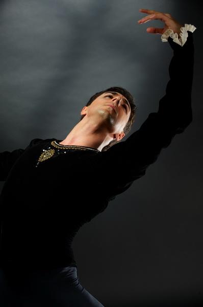 Азербайджанский танцовщик успешно выступил в Эстонии - ФОТО