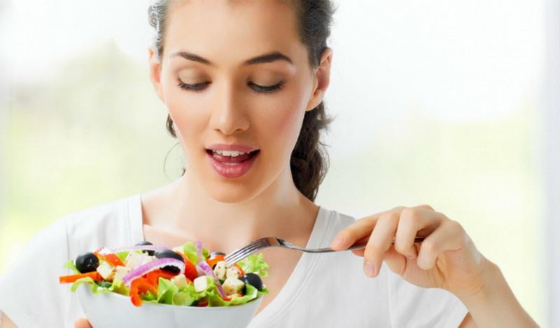 Потребление жидкости во время диет
