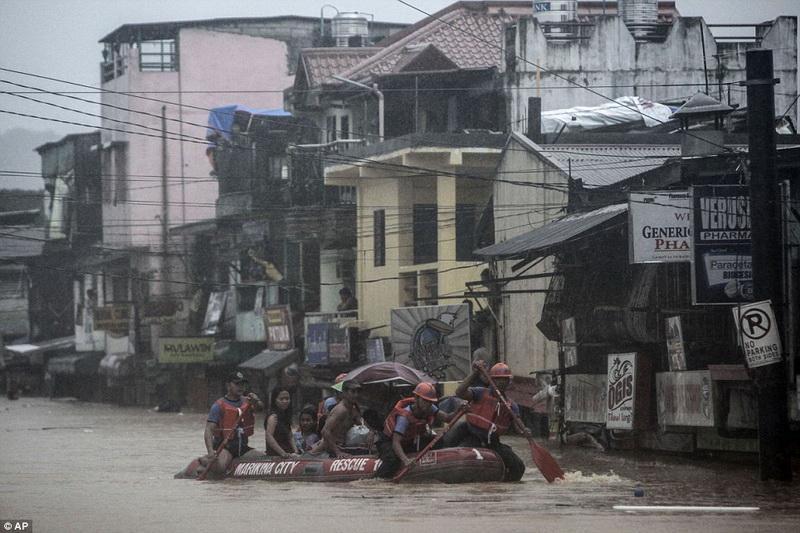"""""""Мусорные города"""" на Филиппинах – ФОТО"""